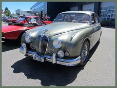 Jaguar MkII, 3.8 Litre (v8dub) Tags: jaguar mk ii 3 8 litre schweiz suisse switzerland langenthal british pkw voiture car wagen worldcars auto automobile automotive old oldtimer oldcar klassik classic collector