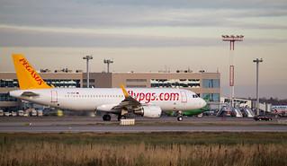 TC-DCH Airbus A320-200 Pegasus Airlines