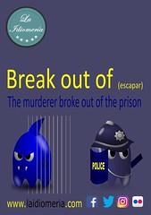 ¡Cuidado que se escapa!  #laidiomeria #ghosts #pacman #breakoutof #police #fantasmas #murderer #asesino #assassino #prison #prision #prigione #polizia #policia #polizei (laidiomeria) Tags: prision breakoutof polizia pacman police asesino murderer ghosts policia laidiomeria polizei assassino fantasmas prison prigione