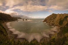 El Silencio. (Amparo Hervella) Tags: playadelsilencio asturias españa spain playa nube naturaleza largaexposición ola d7000 nikon nikond7000 comunidadespañola panorámica