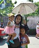 lady with braces, children, gold rings and an umbrella (the foreign photographer - ฝรั่งถ่) Tags: young lady braces gold rings children umbrella our street bangkhen bangkok thailand nikon