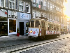 Rua 31 de Janeiro (ernstkers) Tags: 205 bonde brill porto portugal stcp stcp205 streetcar tram tramvia tranvia trolley eléctrico strasenbahn spårvagn