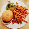 "Beer Mash Beef Burger with Cheddar Cheese, Malt Bun, Onion Rings, Pickled Gherkins, Tomatoes, Sweet Potato Fries, ""Altbier"" BBQ Sauce (hhschueller) Tags: düsseldorf duesseldorf germany nrw deutschland duitsland food samsungs8 ドイツ デュッセルドルフ"