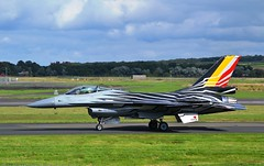 Solo F-16 at PIK (Gerry Rudman) Tags: belgian air force fighting falcon f16am prestwick ayr seafront airshow