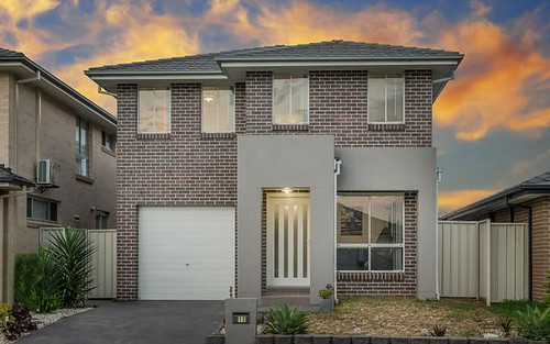 12 Follet Avenue, Middleton Grange NSW