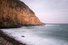 圓石灘 與 六角柱石 (samuel.w photography) Tags: hongkong landscape seascape hexagonalrockcolumns longexposure geopark fujifilmx100t