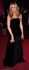 Jennifer Aniston spoke with ex Brad Pitt during split (Adlekchills) Tags: us