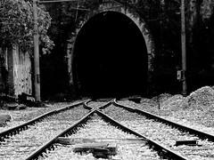 .....waiting for the train (Antonio Piccialli) Tags: 2018 febbraio campania canon canonixus155 treno cumana campiflegrei galleria traintunnel explore explored elaborazione flickr fluidr fluidrexplored flickrclickx blackandwhite bianconero blackwhite bn bwartaward bw