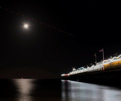 Tonight's super blue moon over Paignton Pier, a passing helicopter kindly provided some light trails! (Hoovering_crompton) Tags: superbluemoon paigntonpier devon englishriviera channel sea paignton pier paigntonbeach torbay torbaydos moon sky boats longexposure nikon d3300