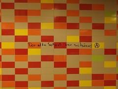 Old Tiles Best (mkorsakov) Tags: dortmund hbf bahnhof mainstation unterführung fliesen tiles wand wall graffiti tagging parole slogan aimkreis