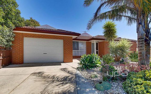 1/4 Bronco Court, Meadow Heights VIC