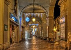 Pinerolo by night #1 (celestino2011) Tags: portici manichini luci lampioni archi pinerolo