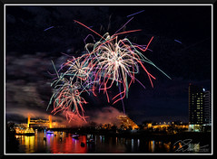 Fireworks_7713 (bjarne.winkler) Tags: 2017 new year firework over sacramento river with tower bridge ziggurat building background