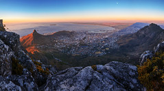 Cape Town - Sunset from Table Mountain (kenny mccartney) Tags: seascape landscape capetown southafrica tablemountain bloubergstrand tableview bigbay bay atlantic indian oceans wc westerncape robbenisland nelsonmandela waterkant waterfront va