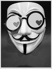 Anglų lietuvių žodynas. Žodis anonymous reiškia a anoniminis lietuviškai.