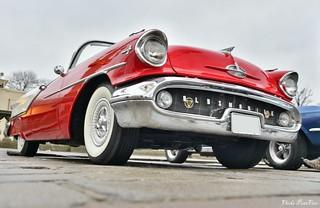 1957 Oldsmobile Super 88 convertible coupé