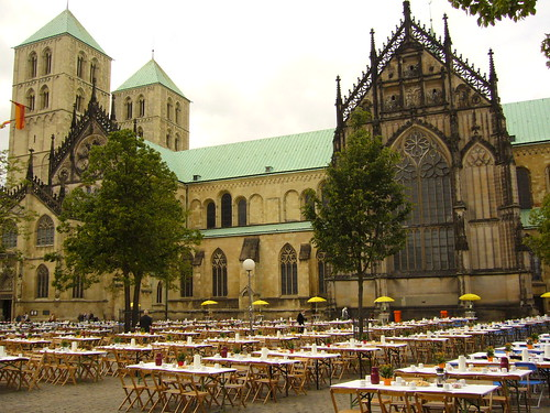 "2006 Ausflug nach Münster • <a style=""font-size:0.8em;"" href=""http://www.flickr.com/photos/152421082@N04/40298108351/"" target=""_blank"">View on Flickr</a>"