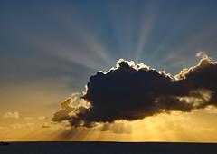 Sun Burst (Raphooey) Tags: gb uk england south west southwest cornwall the lizard peninsula meneage st keverne coverack school hill seas sea seaside seashore shore shoreline wave waves cloud clouds canon eos 80d sun sunlight light ray rays crepuscular horizon