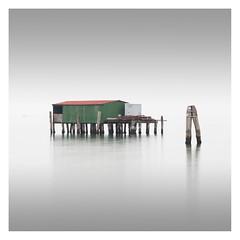 Capanna V (Vesa Pihanurmi) Tags: capanna piles fishing sea lagoon venezia venice italy minimalism fog lagunaveneta venetianlagoon architecture stilts shack