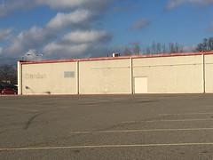 K-Mart Vienna, WV (Dinotography24) Tags: kmart vienna wv westvirginia closed former empty abandoned labelscar