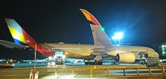 HL7579 A350 900 ASIANA AIRLINES LHR (SPITFIRE BOY) Tags:
