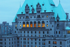 Fairmont Hotel (PDX Flyer) Tags: hotel fairmont downtown vancouver british columbia bc blue grey gray dusk twilight business meeting architecture canada people