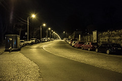 Stauffenbergallee (graufuchs) Tags: europe europa deutschland germany dresden saxony sachsen street strase nacht night lampen lamps autos cars fuji fujifilm fujifilmxe2 27mm fujinon fujinon27mm lightroom lr