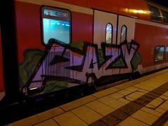 dvsfdfsa (4 von 5) (Under Color) Tags: hamburg hbf hauptbahnhof db bahn zug train regio doppler doppelstocker bahnsteig graffiti vandal art kunst graff