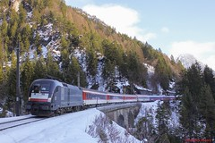 TXL BR 182 521 (Bradley Morey) Tags: txl siemens br 182 taurus arlberg wald am alpen express mrce logistik zssk bte öbb