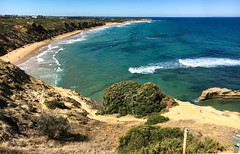 Super view @ Jan Juc (Marian Pollock) Tags: australia victoria janjuc torquay beach vista panorama ocean waves fromabove cliff surfers sunny outdoor sea vegetation sanddunes sand shoreline seascape surf acqua cliffs water