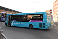 AMN 2530 @ Leicester Haymarket bus station (ianjpoole) Tags: arriva midlands optare solo m950 yj09oub 2530 working route 6 thurmaston asda leicester haymarket bus station