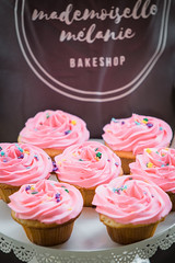 20180211-JAM_3268.jpg (Jorge A. Martinez Photography) Tags: d500bakeryphotoshootmel nikon d500 tamron 45mm 35mm 70200mm baked goods photoshoot cake cookies brownies cupcakes brown sugar white frosting pink blue milk heavan food