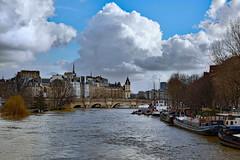 Paris / Flood of the Seine /  Big clouds (Pantchoa) Tags: paris seine fleuve eau inondation crue nuages îledelacité pontneuf pont péniches arbres saule pleureur architecture façades