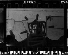 (sele3en) Tags: ilford film 35mm delta3200 ilforddelta3200 blackandwhitefilm darkroom portrait face ilfotecddx ilfordrapidfixer ilfordilfotecddx grain experimental documentary russiangraffiti graffiti graffitiphotography urban urbanart selone 2018