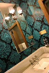 Hotel Belleclaire toilet interior (Can Pac Swire) Tags: 2018aimg7292 newyork city state usa unitedstates america american us upperwestside manhattan hotel belleclaire 250 w west 77th street toilet washroom restroom
