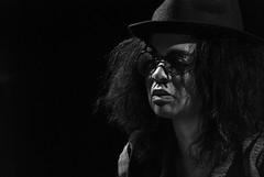 Foto- Arô Ribeiro -9729 (Arô Ribeiro) Tags: blackwhitephotos photography laphotographie pb bw blackandwhite theatre art brazil sãopaulo nikond7000 thebestofnikon nikon arôribeiro candidportrait portrait