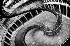 (Px4u by Team Cu29) Tags: münchen treppe stufen haus fassade schwanthalerhöhe innenhof endlosetreppe olafureliasson fischauge weitwinkel ganghoferstrase germany de
