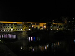ponte vecchio florence 09-01-2018 002 (gallftree008) Tags: ponte vecchio bridge florence italy night reflection light country overseas effect history historic landmark river reflected reflective reflections reflects nightshot vanishing vanishingpoints buildings building