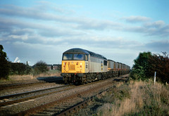 Back in the day....these sights here occured at the rate of around 2 per hour.....56086 Immingham-Scunthorpe Melton Ross 22-10-1991 (the.chair) Tags: 56086 imminghamscunthorpe melton ross oct 1991