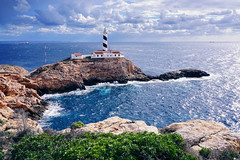 Faro de Cala Figuera (basic hiking) Tags: spain mallorca majorca balearicislands mediterraneansea mittelmeer leuchtturm lighthouse faro a5100 ilce5100 sonyalpha selp1650 hiking wandern cap nature coast