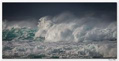 La mer, même pas en colère ! Et pourtant ... (C. OTTIE et J-Y KERMORVANT) Tags: nature mer océan vague ecume finistère ouessant bretagne france