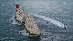 The Needles, Isle of Wight (Steve Brewer Photos) Tags: needles uk theneedles chalk geology isleofwight speedboat lighthouse helicopter helicopterlandingpad rocks erosion