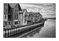 WADEBRIDGE WATERFRONT HDR (Barry Haines) Tags: flickrsbest sony a7rii a7r2 voigtlander 40mm nokton f12 e cornwall wadebridge river camel hdr mono bw