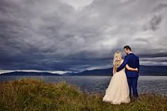 Bára & Ómar (LalliSig) Tags: weddding photographer iceland reykjavík brúðkaup brúðkaupsljósmyndari people portrait portraiture ocean water esjan mountains
