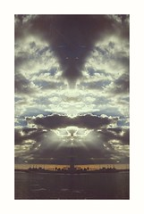 """RoRsChAcH cLoUdS (PlLrD) (QuietWalker """"crisis on Mars"""") Tags: rorschachclouds nubesderorschach clouds nubes polaroids polaroid phoneography eyephoneography lighthouse 2017 enero2017 january january2017 lostintheproximity lostwalker matinéedejanvier remembering winter invierno sonyxperiam5 sony xperiam5 xperia justmyimagination aloneinbabylone"""