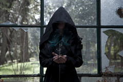 IMG_1969 (m.acqualeni) Tags: manu manuel ginette osef le dieu g shaman cosplay dark urbex maison abandonné house broken fille femme capuche gothique gothic goth