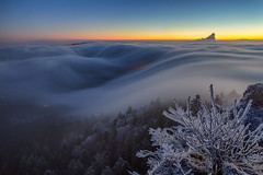 Belchenflue fog wave 2 (lukas schlagenhauf) Tags: fog fogwave seaoffog clouds belchenflue solothurn schweiz switzerland swiss suisse hiking winter creativcommons myswitzerland weather lukasschlagenhauf canoneos6d canon rime softrime hardrime