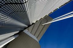 Torticolis (Isa-belle33) Tags: urban urbain city ville bordeaux lines lignes geometry géométrie fujifilm architecture