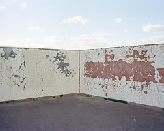 Thamesmead, 2018 ([Photom]) Tags: 120 6x7 kodakportra400 mamiya7ii newtopographics banal brutalism concrete documentingspace film mediumformat urbanlandscape