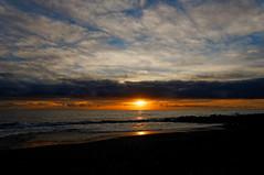 Spain Tenerife / El Medano 8:00 (h_j.sauermann2021) Tags: 2017 20171211spainteneriffa spain tenerife teneriffa sun holiday landscape light colours bright town elmedano morningsky sunrise